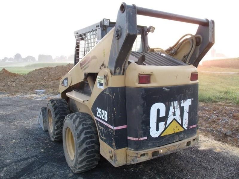2004 Caterpillar 252B Skid Steer