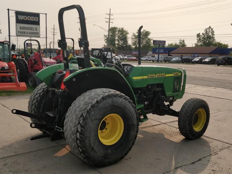2000 John Deere 5210 Tractor