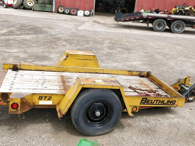 1994 Beuthling B300 Compacting and Paving