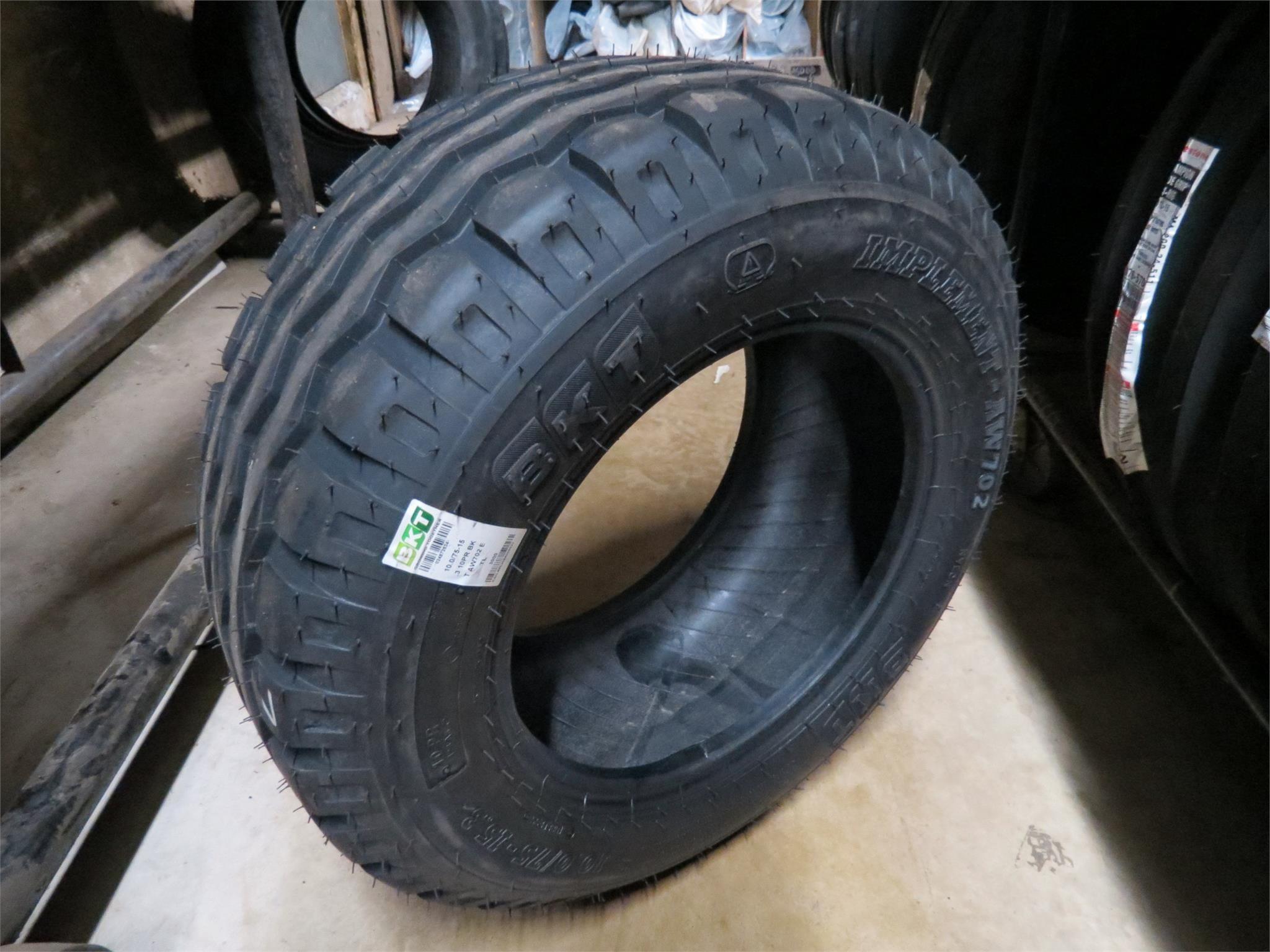 BKT 10.0/75-15.3 Wheels / Tires / Track