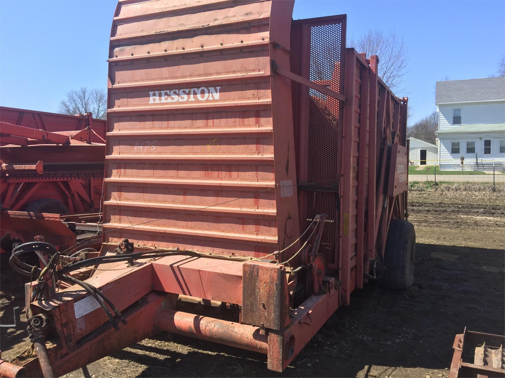 Hesston SH30A Hay Stacking Equipment