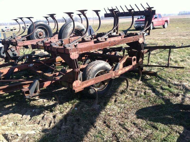 Hiniker 1530 Field Cultivator