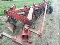 International Harvester 720 Plow