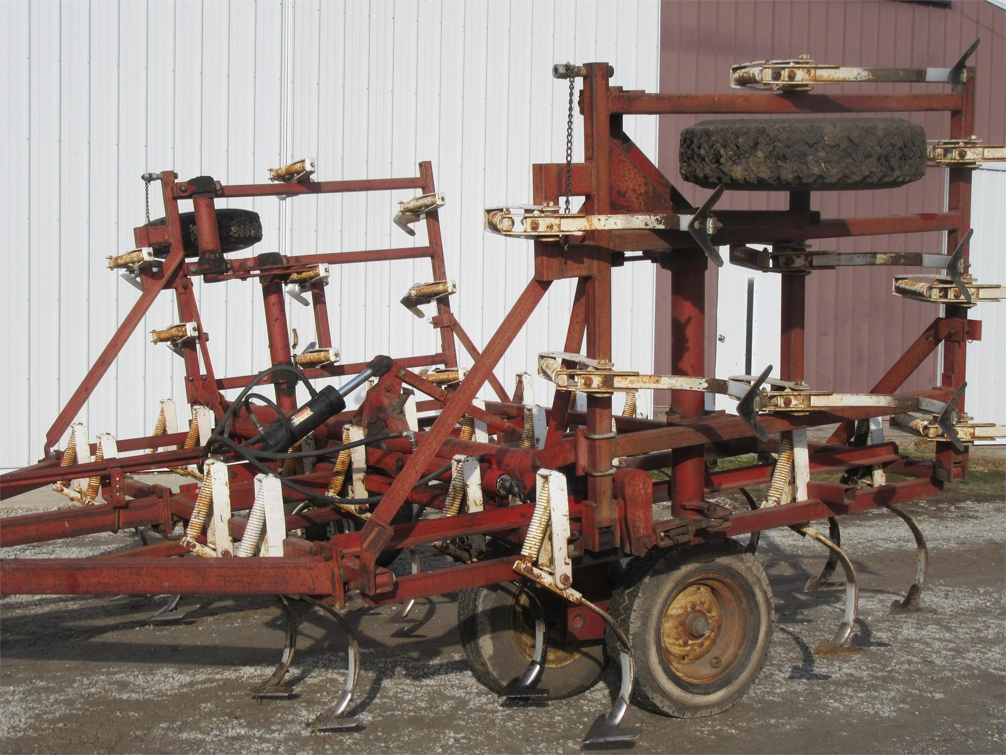 Wil-Rich 1200 Field Cultivator