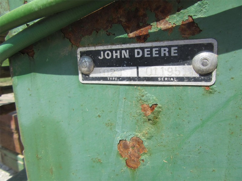 John Deere 235 Disk