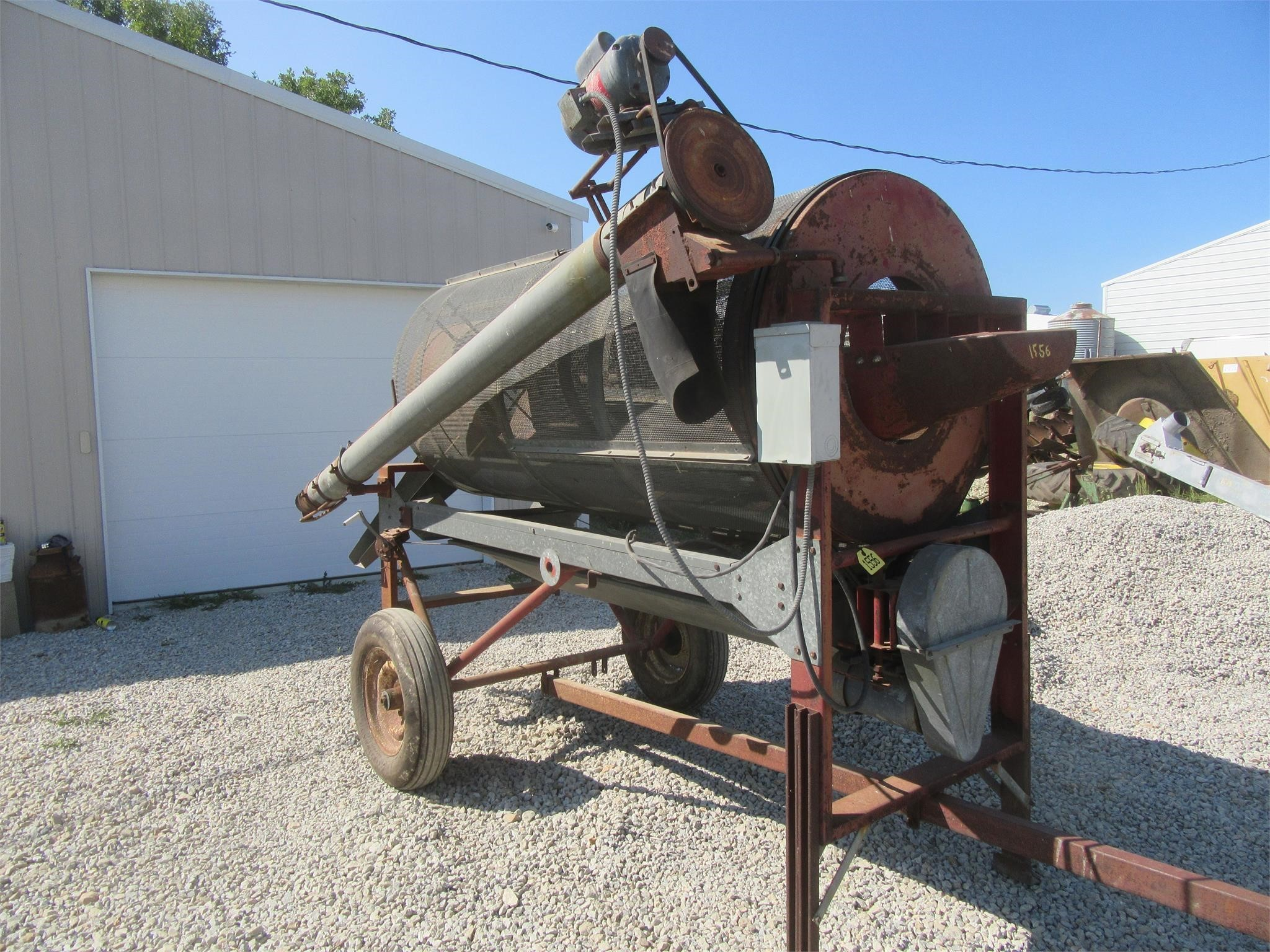 Hutchinson C1500 Grain Cleaner