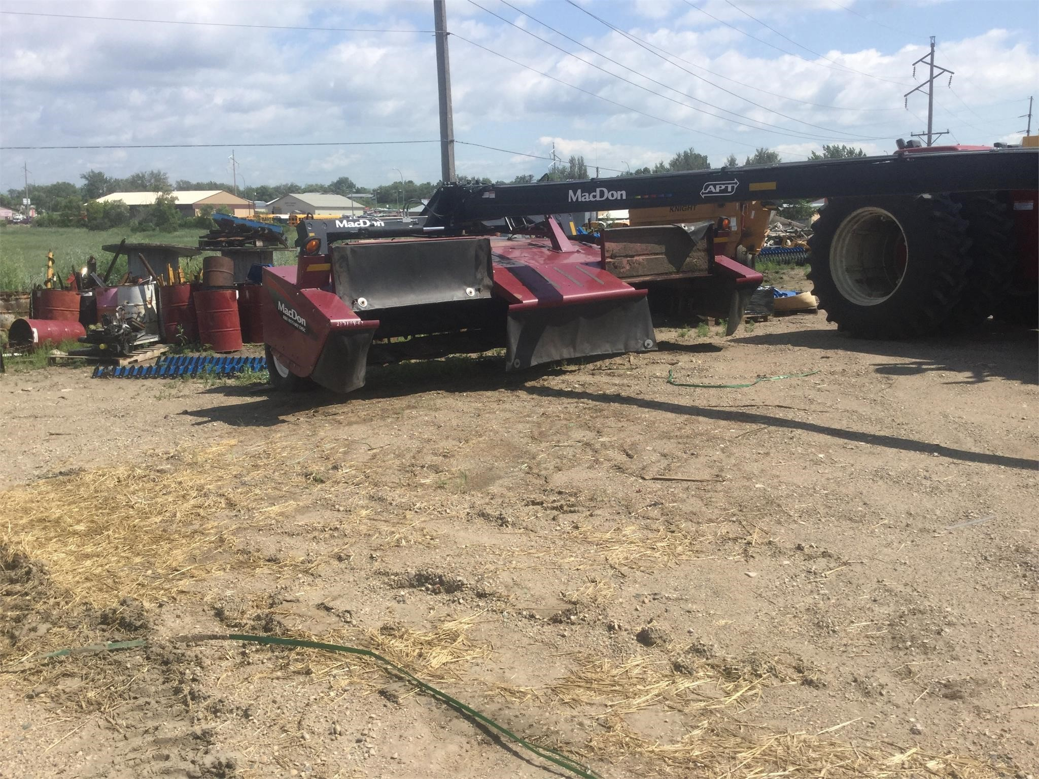 2014 MacDon R85 Mower Conditioner