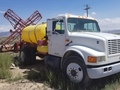 2002 Demco HT Pull-Type Sprayer