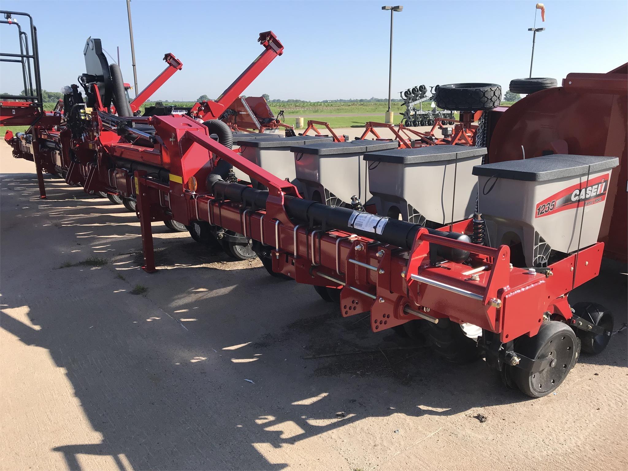 2019 Case IH 1235 Planter