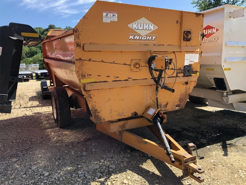 2003 Kuhn Knight 3142 Grinders and Mixer