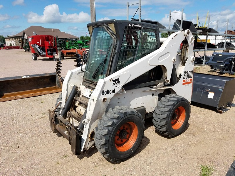 Used Bobcat S300 Skid Steers for Sale | Machinery Pete