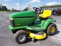1998 John Deere LT166 Lawn and Garden