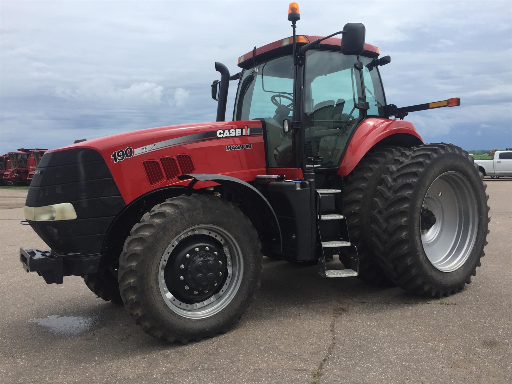 2014 Case IH Magnum 190 Tractor