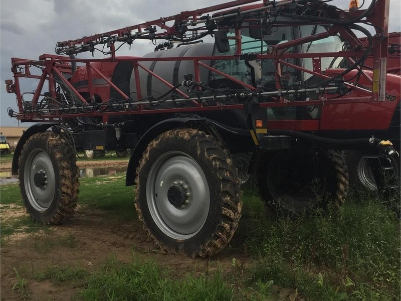 2018 Case IH Patriot 3240 Self-Propelled Sprayer