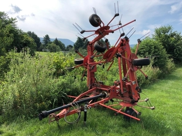 Used Kuhn Tedders for Sale | Machinery Pete