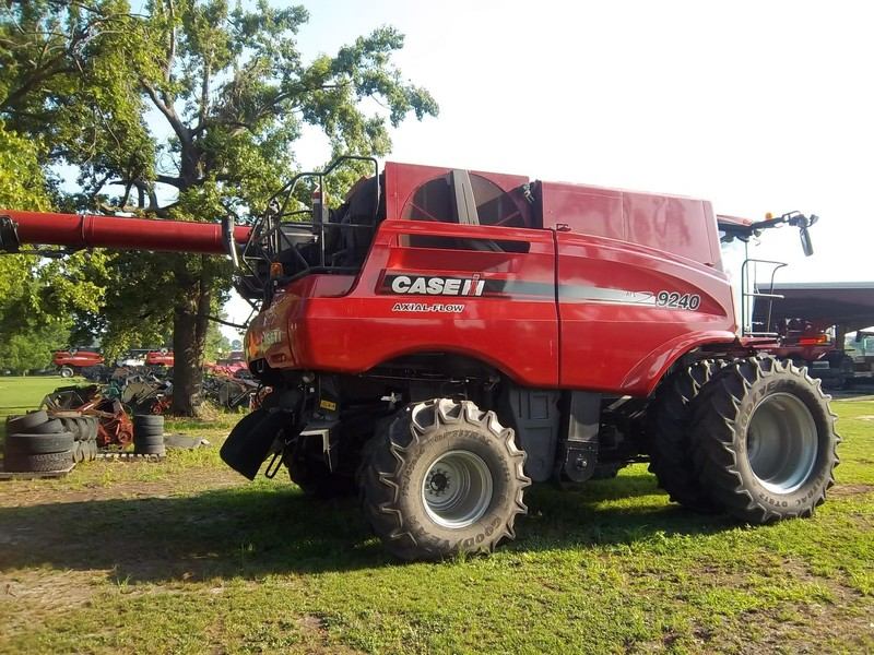 2016 Case IH 9240 Combine