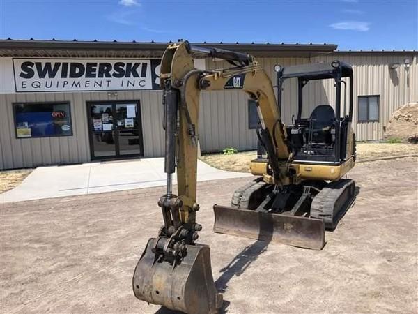 2004 Caterpillar 303.5 Excavators and Mini Excavator