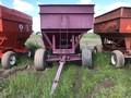 M&W 300B Gravity Wagon