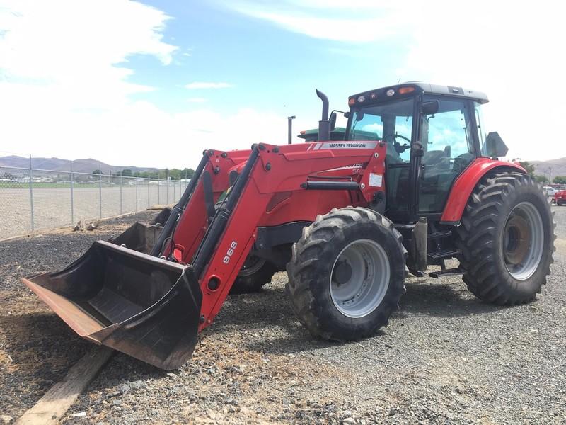 2011 Massey Ferguson 5475 Tractor
