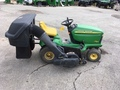 2000 John Deere LT166 Lawn and Garden