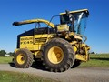 New Holland FX45 Self-Propelled Forage Harvester
