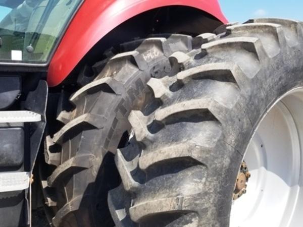 2012 Case IH Magnum 190 Tractor