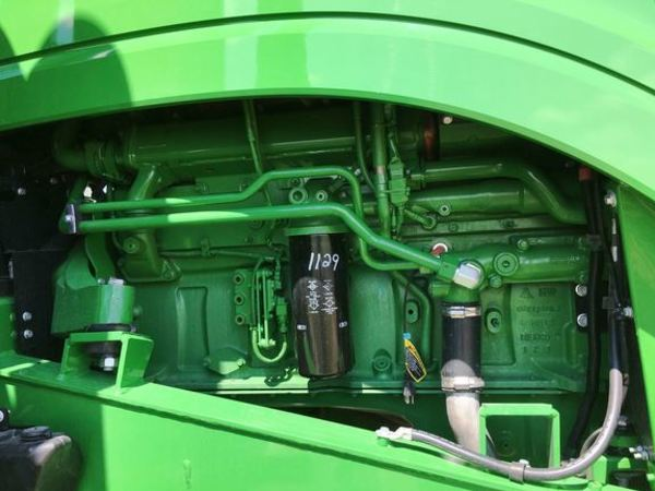 2017 John Deere 9570RT Tractor