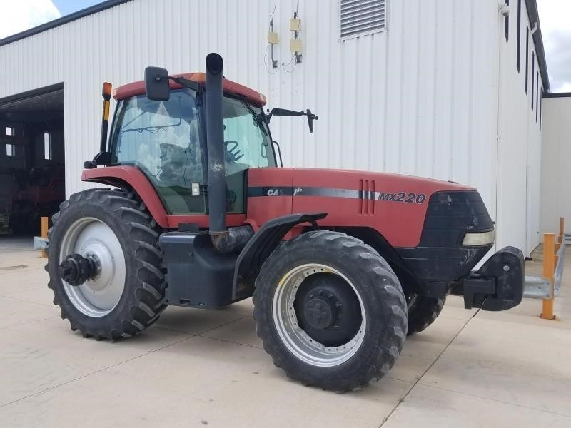 2000 Case IH MX220 Tractor