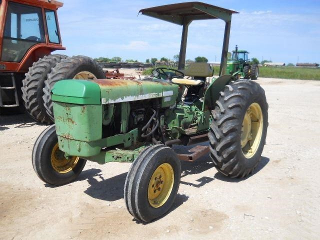 1976 John Deere 2040 Tractor