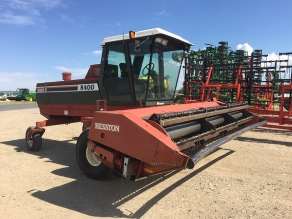 Used Hesston 8400 Self-Propelled Windrowers and Swathers for