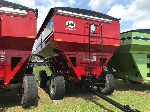 2019 J&M 755SD Gravity Wagon