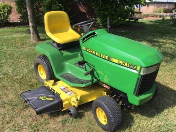 John Deere LX188 Lawn and Garden for Sale | Machinery Pete
