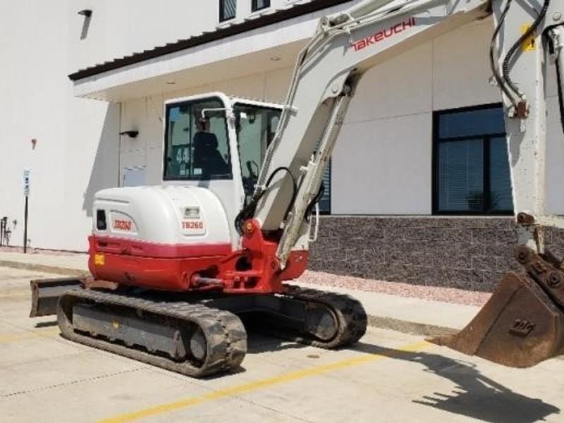 Used Takeuchi Excavators and Mini Excavators for Sale | Machinery Pete