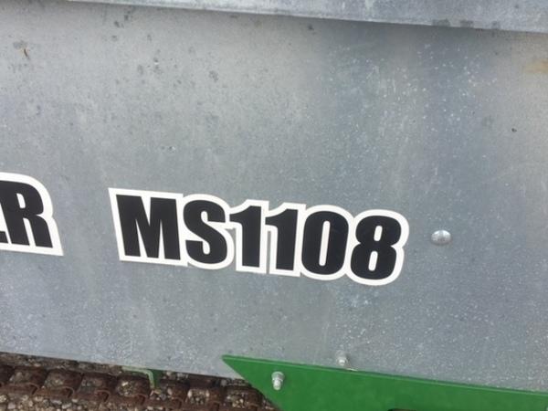 2015 Frontier MS1108 Manure Spreader