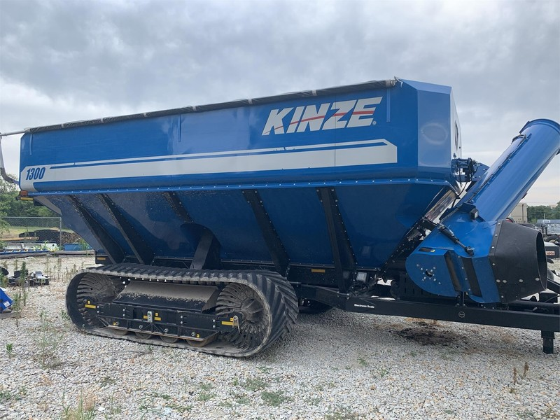 Used Kinze Grain Carts for Sale | Machinery Pete