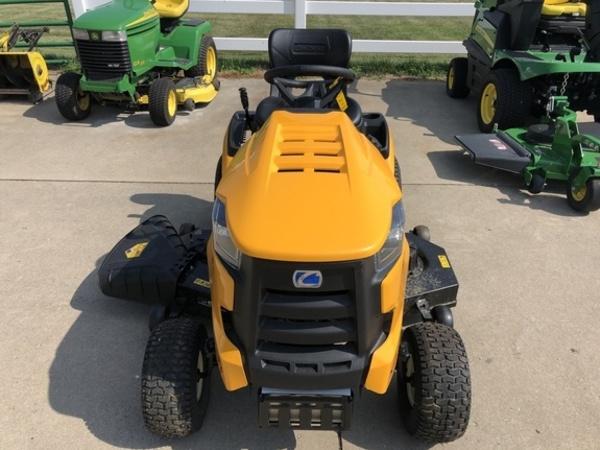 2019 Cub Cadet XT1 Lawn and Garden