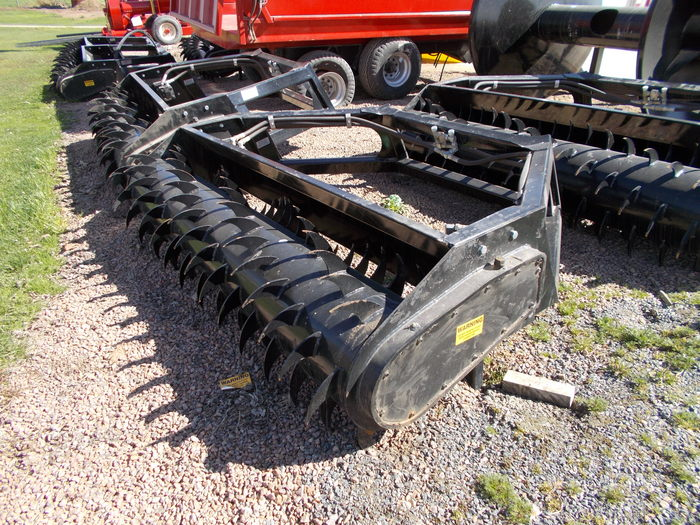 2016 Hoover Bunker Facer Loader and Skid Steer Attachment