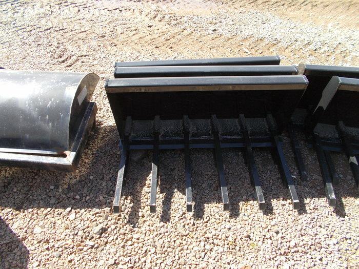 Hoover Light Duty Manure Fork Loader and Skid Steer Attachment