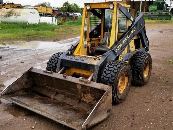 Used New Holland L785 Skid Steers for Sale | Machinery Pete
