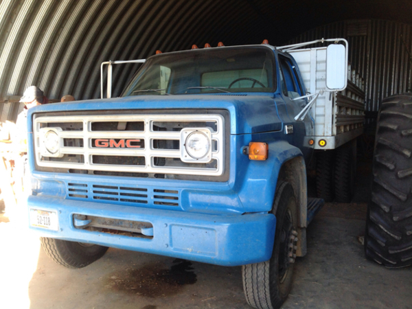 Chevrolet 6500 Grain Truck