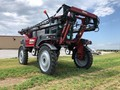 2012 Miller Nitro 4275 Self-Propelled Sprayer