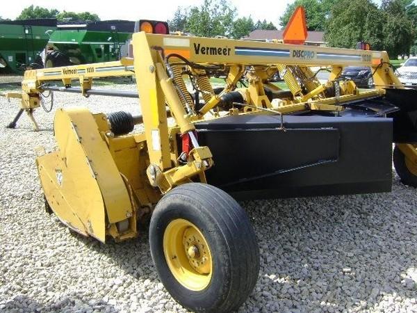 2004 Vermeer MC1030 Mower Conditioner