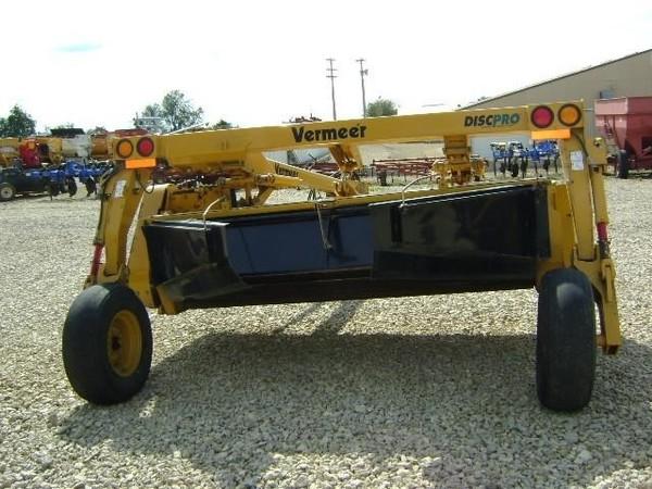 2012 Vermeer MC840 Mower Conditioner