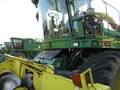 2009 John Deere 7550 Self-Propelled Forage Harvester