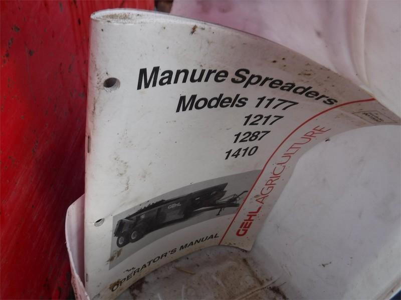 Gehl 1410 Manure Spreader
