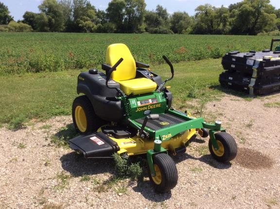 2015 John Deere Z625 Lawn and Garden