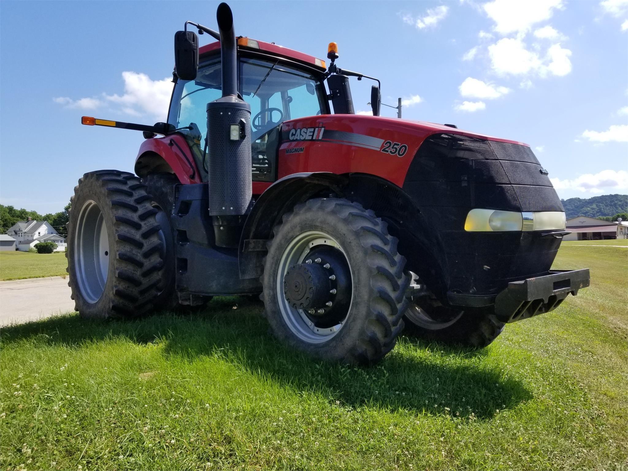 2016 Case IH Magnum 250 Tractor