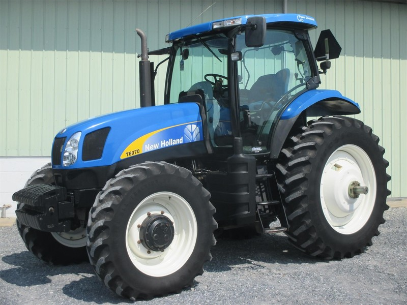 Used New Holland Tractors 100-174 HP for Sale | Machinery Pete