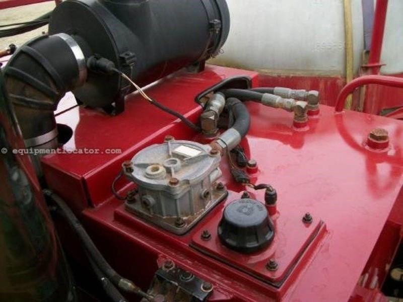 2005 Case IH SPX3185 Self-Propelled Sprayer