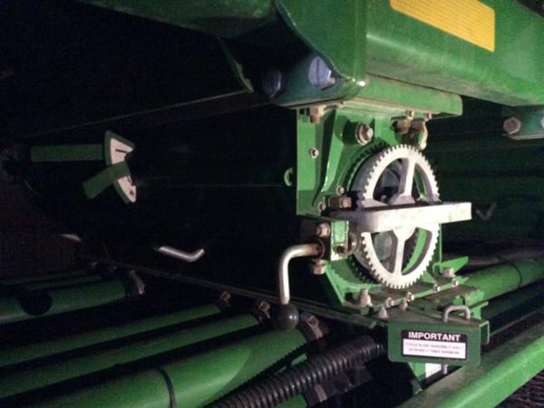 2015 John Deere 1895 Air Seeder